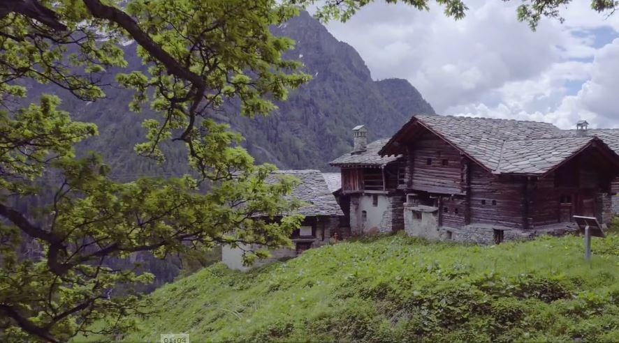 Alpenzu rifugio Monte Rosa Valle Lys Gressoney
