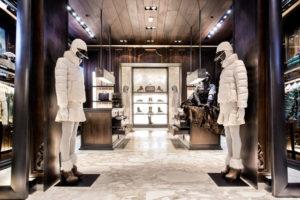 Le boutiques Moncler nel mondo: dal Kazakistan al Giappone (foto: salute&cittadini).
