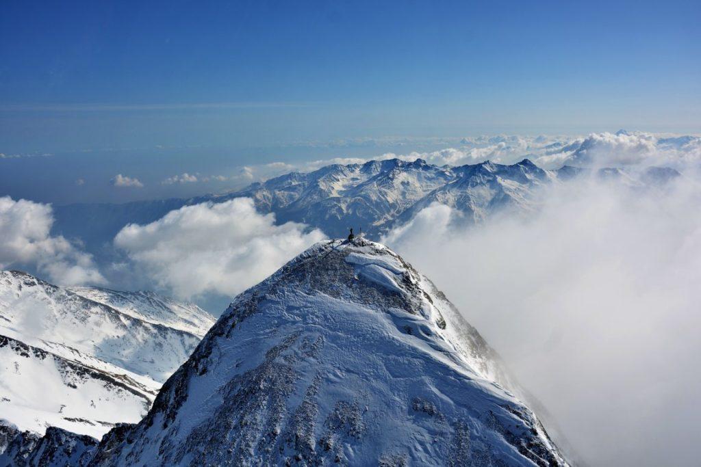 Il santuario più alto d'Europa a 3538 metri d'altitudine. Foto di PAOLO BOREA