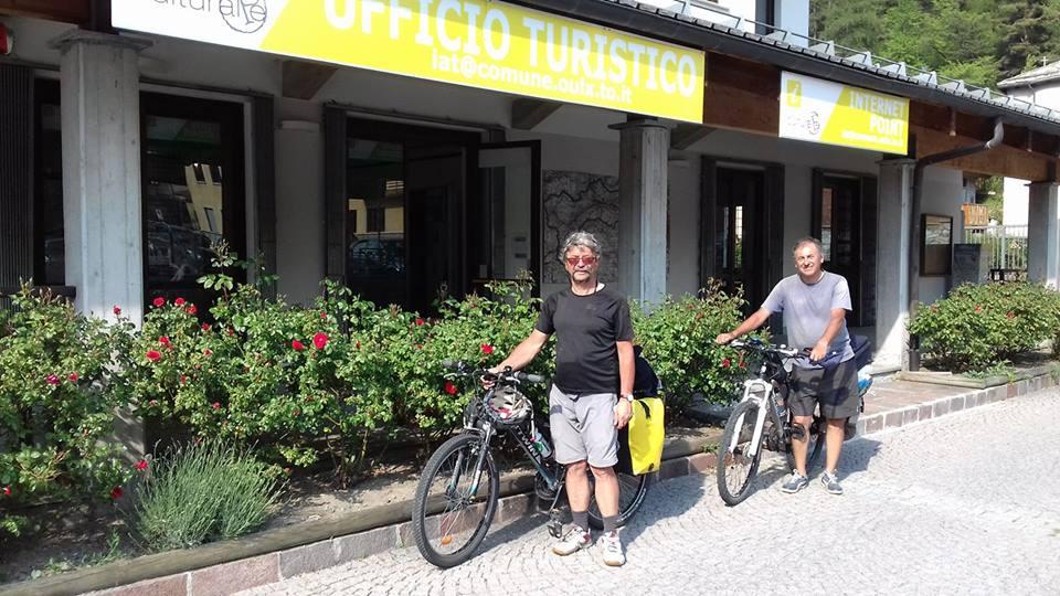 Francisco Javier e .Jose Maria (foto del 27.05.2017, fonte: Facebook Ufficio del Turismo di Oulx)