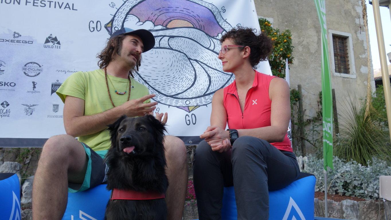 Il cane di Luca fa le linguacce. Irriverenza? No, mandibola storta! (Foto: Federico Amanzio)