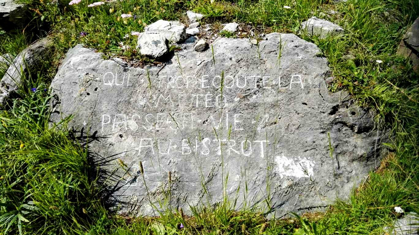 Segni, a volte inaspettati, che incontriamo sul nostro cammino (foto della guida alpina Luca Daniele).
